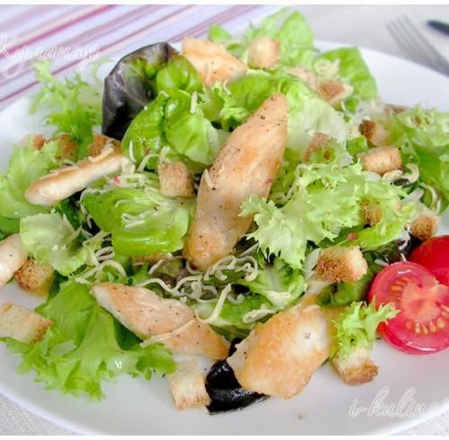 Какой салат идёт в Цезарь почему