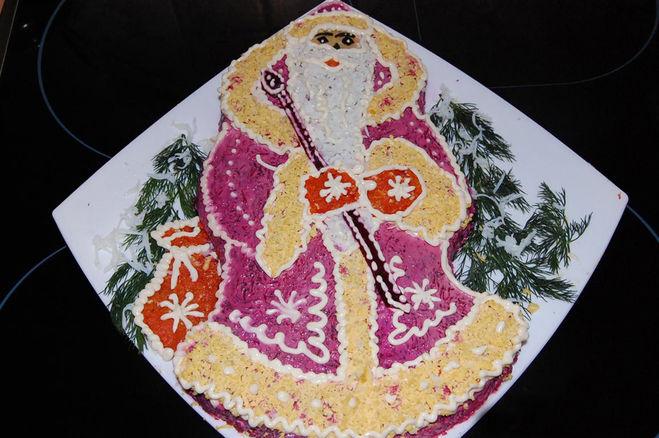 Как украсить сельдь под шубой в виде Снегурочки Деда Мороза