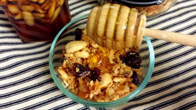 Рецепт мёда с орехами и сухофруктами